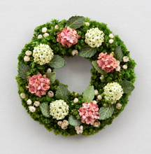 Hydrangea and Viburnum wreath